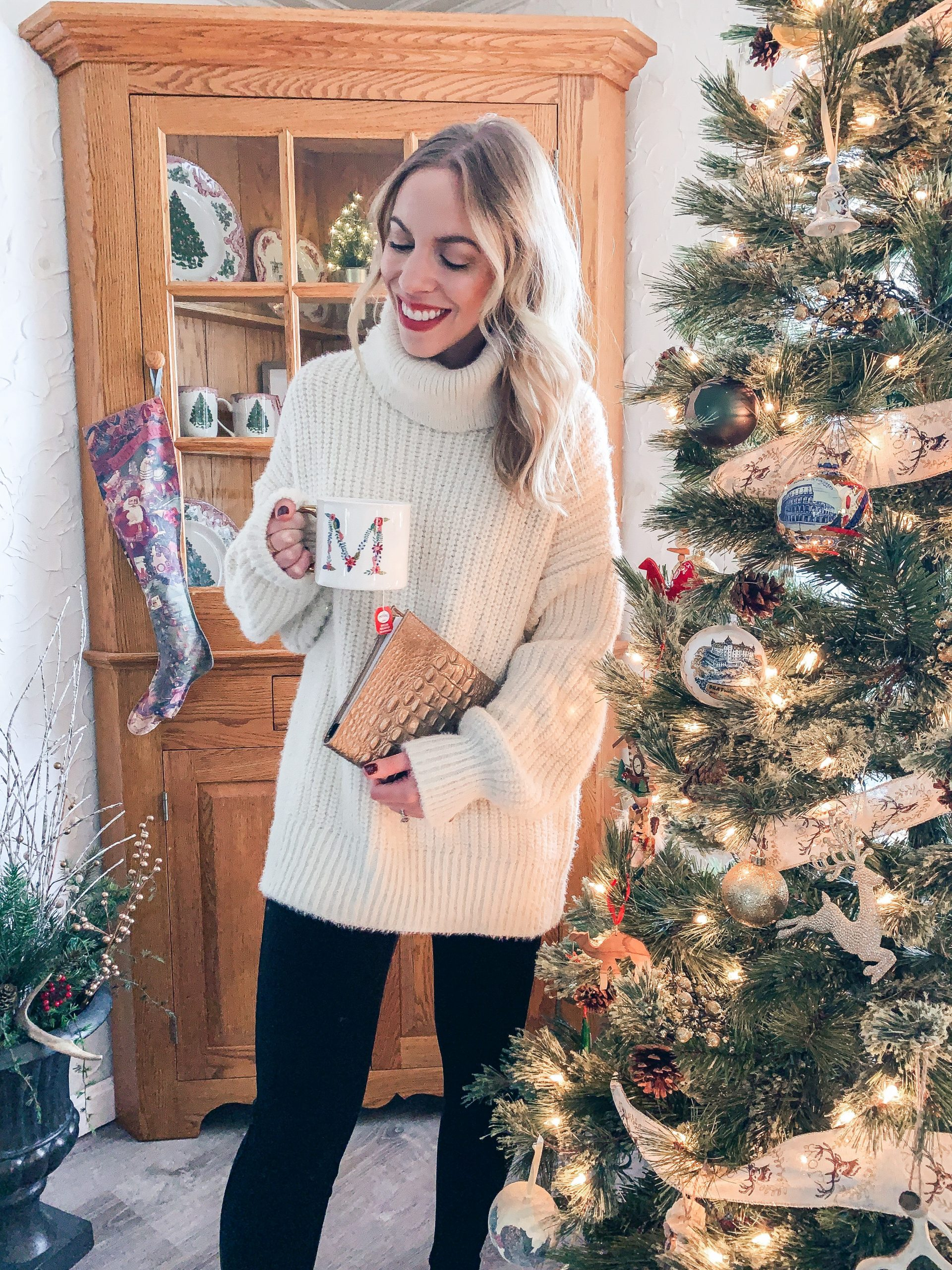Meagan Brandon fashion blogger of Meagan's Moda shares best ways to shop Black Friday sales and how to find the best deals