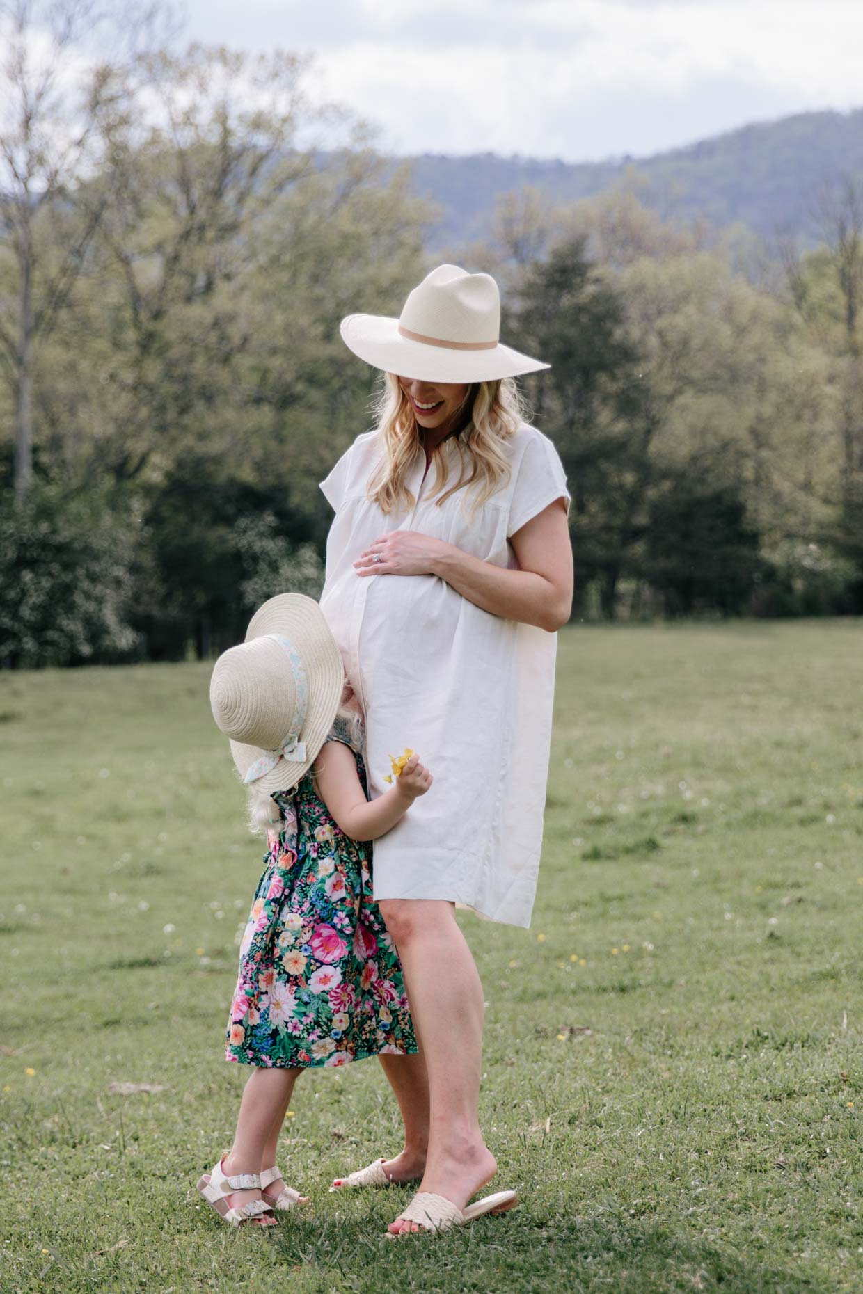 Meagan Brandon fashion blogger of Meagan's Moda Mommy and me outfits for Mother's day photo shoot