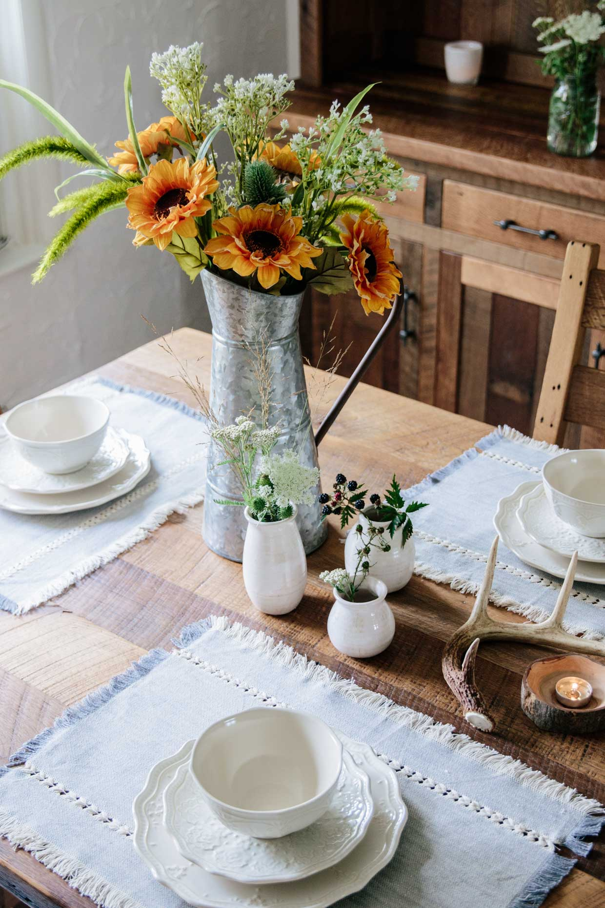 Meagan Brandon of Meagan's Moda shares late summer transitional farmhouse style tablescape for dining room using Walmart home decor, Pioneer Woman lace dishes